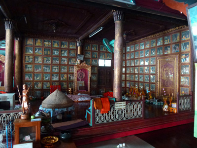 Interior of Wat Chong Klang temple