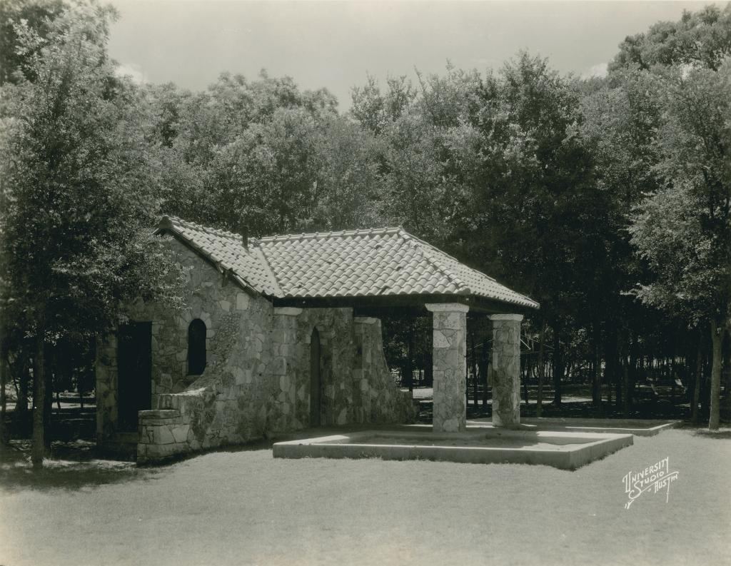 Historical Photo from Eastwoods  Neighborhood Park, Austin History Center, PICA 25457