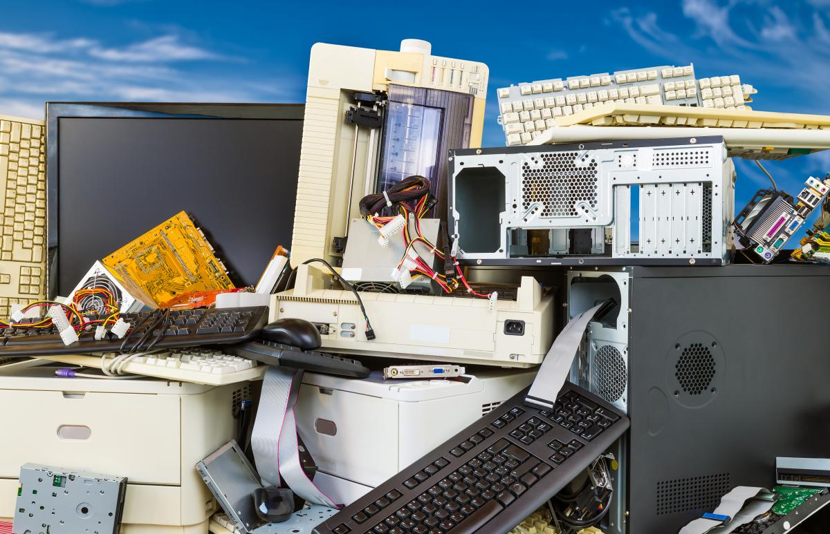 pile of electronics to be recycled.