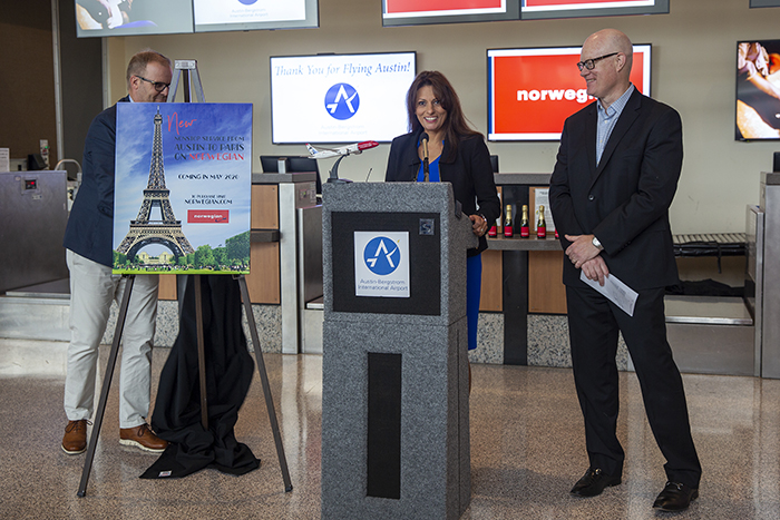 Announcement of Norwegian nonstop from Austin, Texas to Paris, France